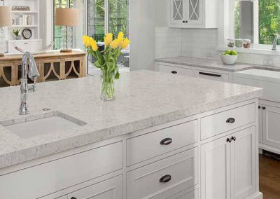 Carrara Mist Quartz Kitchen Countertop