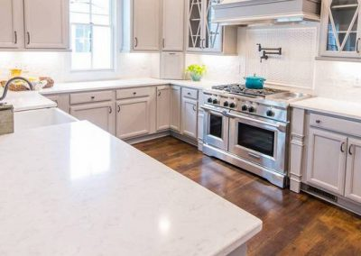 Cashmere Carrara Quartz Kitchen Countertop
