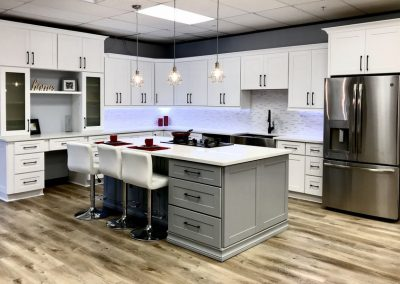 White Shaker Traditional Kitchen Cabinets in Colorado Springs